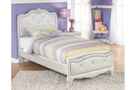 Bedroom Furniture At Ashley Furniture by Bedroom Furniture Make It Hers Ashley Furniture Homestore