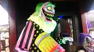 clown costumes spirit halloween spirit halloween clowns 2013 youtube