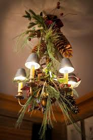 Chandelier Decor 17 Gorgeous Chandeliers For A Yuletide Home Decor