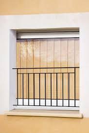 garde corps bois escalier interieur garde corps de fenêtre en fer forgé arthaud menuiseries