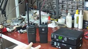 преимущества новых аналоговых радиостанций motorola dp1400 и