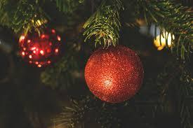 fondos de pantalla navidad fondo de pantalla de bolas árbol abeto brillos rojas navidad