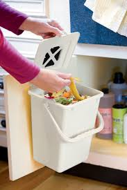 Compost Canister Kitchen Best 25 Compost Pail Ideas On Pinterest Kitchen Compost Bin
