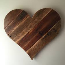 rustic reclaimed large pallet wood heart wall hanging