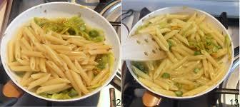 primo piatto con fiori di zucca pasta con asparagi e fiori di zucca ricetta primaverile