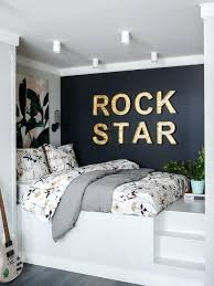 ideas for decorating a bedroom bedroom ideas decorating loft childrens bedroom decorating ideas uk