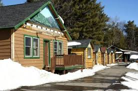 small backyard cottages so replica houses