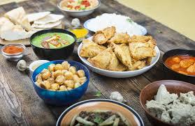 cuisine ayurveda samosa naan ayurveda pancake panier curry dishes