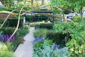 17 weird and wonderful gardens from rhs chelsea the english garden