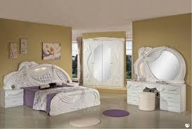 chambre a coucher avec coiffeuse laque blanc ensemble chambre a coucher lignemeuble com