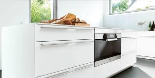 cuisine monobloc monobloc bulthaup en stratifié blanc photo 18 20 cuisine