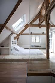 chambre poutre apparente 10 déco chambres avec poutres apparentes charmantes