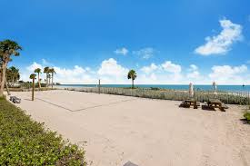 just listed u0026 bitcoin accepted 4 bed 5 5 bath oceanfront oceana