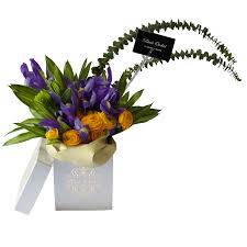flower bouquet in the box flower delivery online flower shop