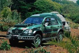 jurassic park car mercedes jurassic park the lost world mercedes benz ml320 ml m based on