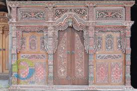 Unique Front Doors Furniture U0026 Accessories Javanese Wooden Front Door Crown Antique