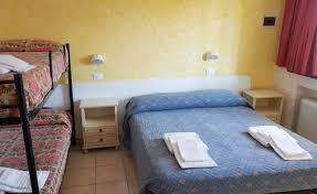 hotel avec service en chambre hôtel avec air conditionné dans la chambre à rivazzurra découvrez