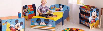 bureau enfant mickey déco chambre mickey exemples d aménagements