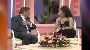 Designer B Om El Selena En Sábado Gigante Entrevista Cantando Bidi Bidi Bom Bom