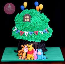 winnie the pooh cakes winnie the pooh ish tree cake a mcgreevy cakes tutorial