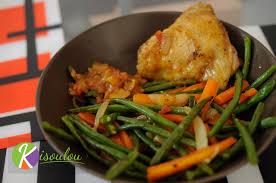 cuisiner des carottes à la poele recette de poêlée de légumes haricots verts carottes oignons ail