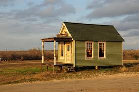 building a small house which tiny house foundation is right for you