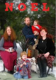 creepy awkward family christmas photos ii 25 funny pics team