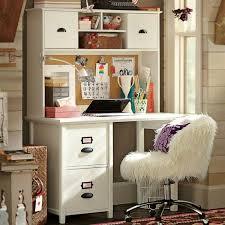 bureau dans une chambre aménager un coin bureau dans la chambre ado 30 idées
