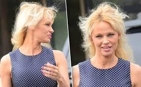 best hairstyles for a 48 year old 48 year old pamela anderson hair issues ayresearch com