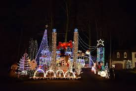 popular brandermill tacky light house lighting up this year and