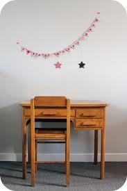 bureau enfant vintage bureau enfant ées 50 et sa chaise l atelier du petit parc