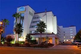 Comfort Inn And Suites Anaheim La Quinta Suites Anaheim Anaheim Deals See Hotel Photos