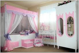 White And Pink Desk by Teens Bedroom Awesome Bedrooms For Teenagers Black White And Pink