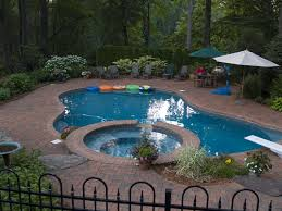 swimming pool design trends 2014