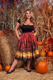 pinup couture jenny skirt in halloween pumpkin border print