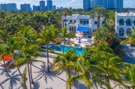 tommy hilfiger lists south florida beach house for 27 5m curbed