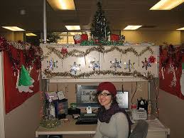 Xmas Office Decorations Office Cubicle Holiday Decorating Ideas 100 Images 147 Best