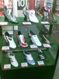 buy nike boots malaysia pianoforte adidas nike football boots 2008