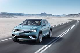 volkswagen crossblue coupe volkswagen cross coupe gte concept for detroit previews u s suv look