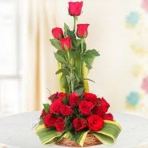 flower arrangement flower arrangements send flower basket arrangements online in india