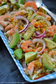 cuisiner des oignons salade fenouil avocat crevettes oignons rouges the