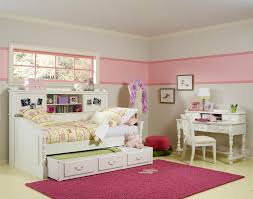 White Twin Trundle Bedroom Set Exquisite Twin Girls Bedroom Set With White Shabby Chic Study Desk