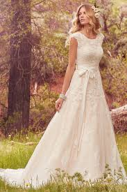Wedding Dresses With Sleeves Uk Lindsey Marie Wedding Dress From Maggie Sottero Hitched Co Uk