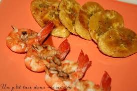cuisiner banane plantain p tites brochettes de crevettes marinées et banane plantain frite