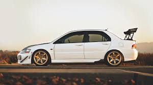 mitsubishi lancer evo modified white mitsubishi lancer wallpapers gzsihai com