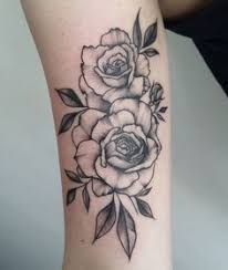 thigh rose tattoo tattoos pinterest thighs tattoo and rose