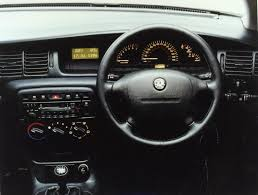 opel astra interior vauxhall vectra hatchback 1995 2002 photos parkers