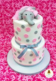 elephant baby shower cake what a cute way to celebrate a baby