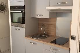 studio cuisine réalisations cuisine studio grise et bois chez jean françois de