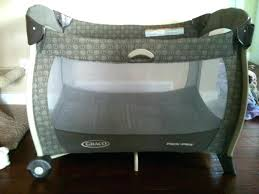 Playpen Bassinet Changing Table Graco Playpen With Bassinet And Changing Table Deluxe Playpen